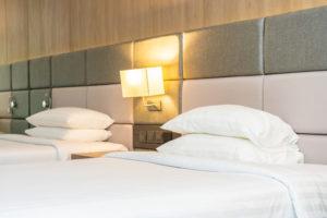 apliques-clasicos-iluminacion-hotel